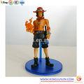 Hot berühmten japanische comicfigur plastikspielzeug action-figur aus einem stück abbildung