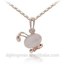 Kingman bottom price newly design on stage necklace alloy Rabbit