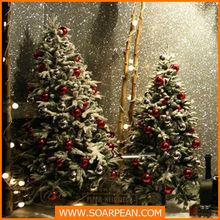 fantastic snowing christmas tree