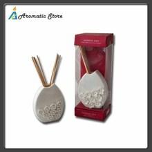Handmade decorative ceramic flower oil diffuser