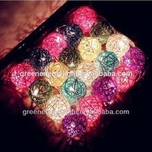 2014 popular plastic christmas balls/christmas decorative balls for wholesale