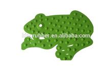 Rubber bath mat of animal shape
