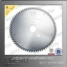 Professional circular saw blade for precision cutting