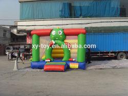 kids bounce house,lovely frog bounce house, frog design moonwalk bouncer