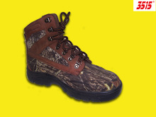 Light and Fashion Buckle Sturdy Safety Shoes with Leather and Fabric