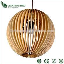 2014 venta caliente ul ce aea madera colgante de cristal de luz de prisma de vidrio de la lámpara de araña de cristal colgantes