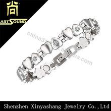 Healthy heart-shaped love bracelet 2014