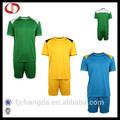 Venta al por mayor fresco jersey de fútbol de entrenamiento de fútbol uniforme de camisa& corto hecho en china