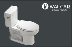 Popular ceramic washdown jet siphonic two-piece toilet in USA