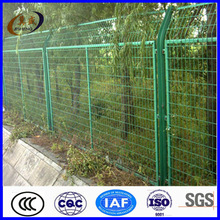 Professional production framework wire mesh fence