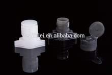 Fábrica de plástico de 16 mm de plástico pitorro con tapa superior del tirón