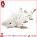 blanco de peluche mar de tiburón juguetes proveedor