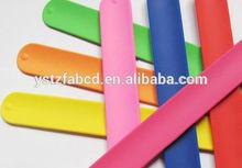 Soft most popular sports silicone reflective slap wrap