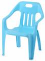 bambini tavole e sedie per la scuola materna