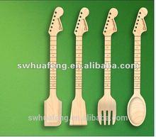2014 Fashion bamboo guitar shaped spoon