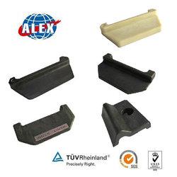 Hi-tech bottom price Fastening Clip Plastic conductor rail insulator