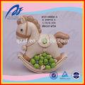 China resina artesanías locales, reborn caballo mecedora artesanías de resina