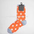 Nueva China venta al por mayor de encargo de Orange Elite calcetines con punto blanco