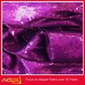 La venta caliente la parte superior de diseño 100 100% rotunda de poliéster espléndida de lentejuelas justo lo que la tela es la tela de olefinas