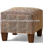 V SQUARE ANIMAL COVER OTTOMAN