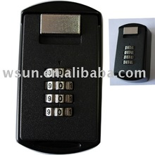 4 wheel 12Number mountable key lock safe with combination