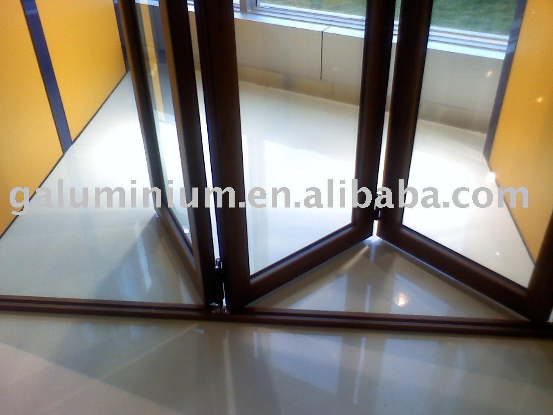 Aluminium Folding Doors Detail 1440 x 1080