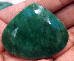 126c Big pierre precieuse de Emeraude naturelle Emerald
