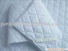 cheap polyester hotel mattress protector topper,mats,pads