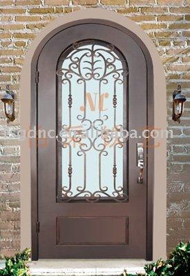 Arco de hierro forjado de una puerta puertas for Puertas en forma de arco