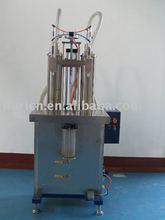 Semi-automatic olive oil filler