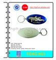 Delfín anillo de metal clave w/acabado de níquel