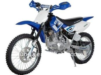 200cc dirt bike off road