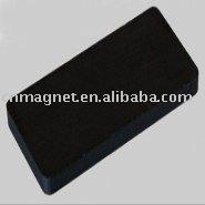 Block ferrite magnets