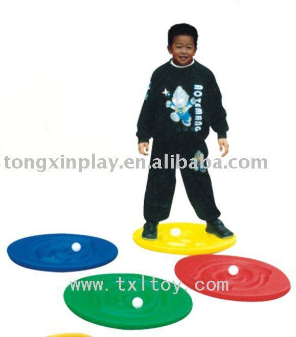 Enfants en plastique d'escargot. balance board