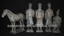 Pottery handicraft of 5 piece set warriors and horses