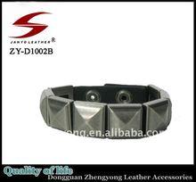 men's twisted alloy pyramid bracelets