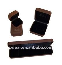 2012 elegant plastic jewelry box