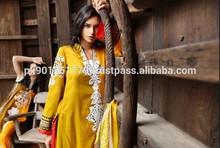 Zunuj Lawn , LSM , Lakhany Silk Mills Lawn , Pakistani Cotton Suits , Zunuj