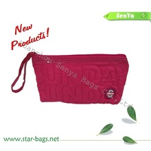 2012 Fashion Quilted Satin Handled Cosmetic Bag