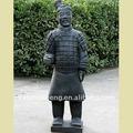Statue del giardino di terracotta