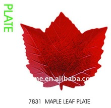 7831 melamine maple leaf plate