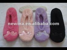 2012 unique style durable lady bedroom dancing shoes