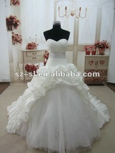 SL-6009 2013 Fantastic A-line Sweetheart Chapel Train Ruffles Beads Wedding Dresses/Bridesmaid Gown