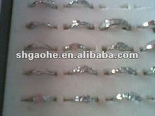 Rhodium Plating Chinese Glass Ring