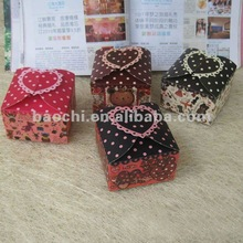 2012 nicely gift Foldable Paper Box