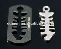 Hot-selling Metal Fish Bone Shaped Pendant