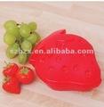 Morango em forma de plástico caixa de frutas frescas