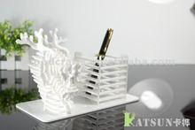 Acrylic Dragon Modeling Pen Holder handmade