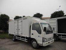 isuzu 4X2 cargo truck