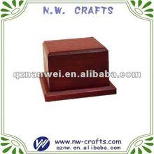 Red wooden base for sculptures